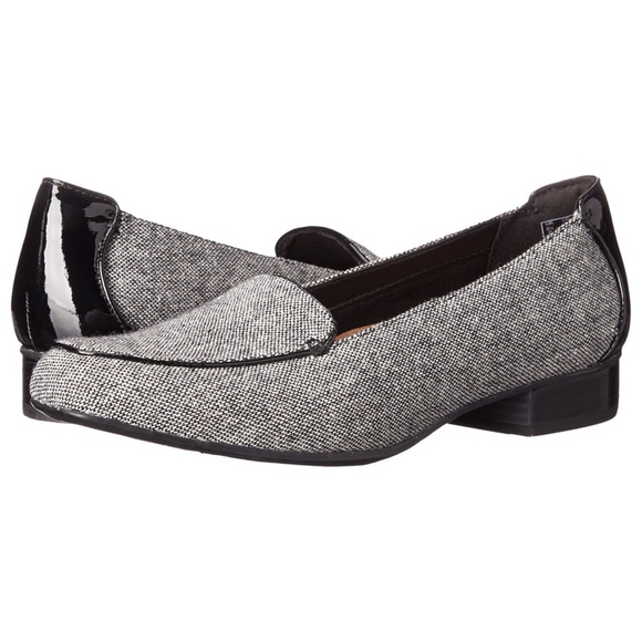 5569eb274a6 Clarks Shoes - CLARKS ARTISAN